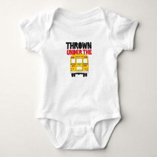 Body Para Bebê Jogado sob o ônibus
