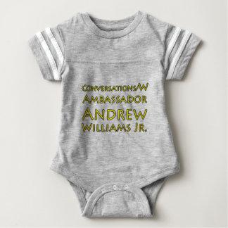 Body Para Bebê Jr. das conversações w/Ambassador Andrew Williams