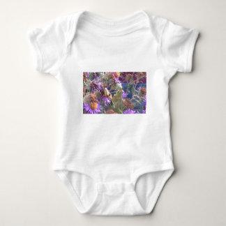 Body Para Bebê Louva-a-deus rapinando & flores roxas do cone