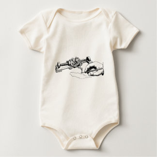 Body Para Bebê Mão que repara o dispositivo velho