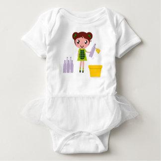 Body Para Bebê Menina artística pequena com garrafa