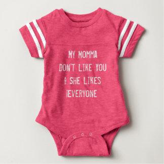 Body Para Bebê Meu momma não gosta de você rosa do equipamento