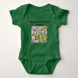 "Body Para Bebê ""Minhas avós são Bodysuit do bebê dos hippys"""