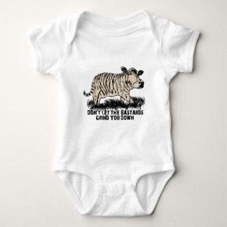 Body Para Bebê não deixe os bastardos mmoê-lo para baixo
