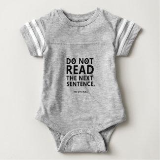 Body Para Bebê Não leia a frase seguinte você pouco Reble