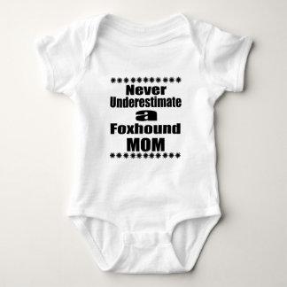 Body Para Bebê Nunca subestime a mamã do Foxhound