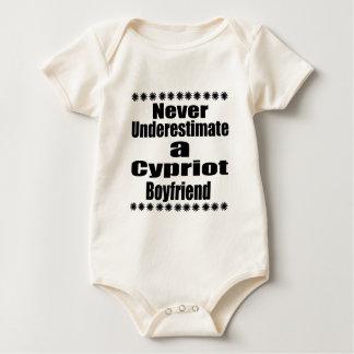 Body Para Bebê Nunca subestime um namorado cipriota