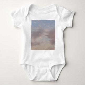 Body Para Bebê Nuvens coloridas