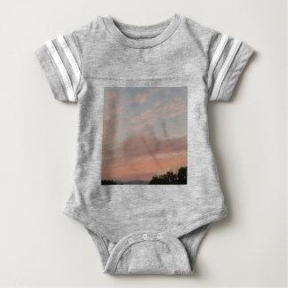 Body Para Bebê Nuvens estranhas 2