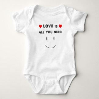 Body Para Bebê O amor é tudo que você precisa