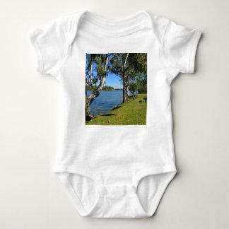 Body Para Bebê O banco de parque, Berri, Sul da Austrália,