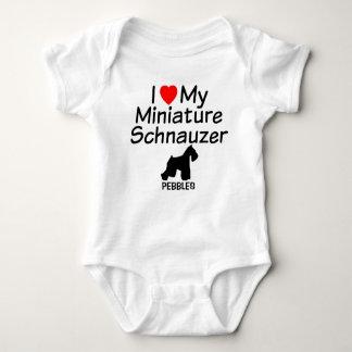Body Para Bebê O bebê ama o cão do Schnauzer diminuto