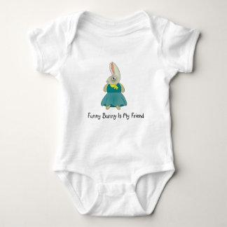 Body Para Bebê O coelho engraçado é meu terno dos miúdos do amigo