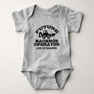 Body Para Bebê O operador futuro do Backhoe gosta de meu vovô