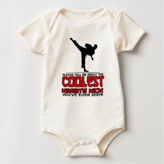 Body Para Bebê O pontapé o mais fresco do karaté