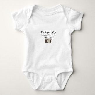 Body Para Bebê o pstvimhPhotography silencia as vozes em minha