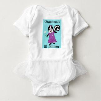Body Para Bebê O stinker de Lil contornou um t-shirt da parte