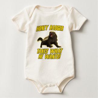 Body Para Bebê O texugo de mel toma o que quer