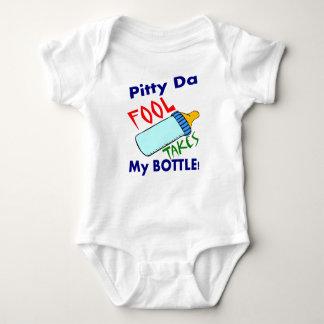 Body Para Bebê O tolo toma a garrafa