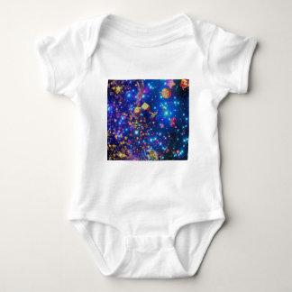 Body Para Bebê O universo e os planetas comemoram a vida com um