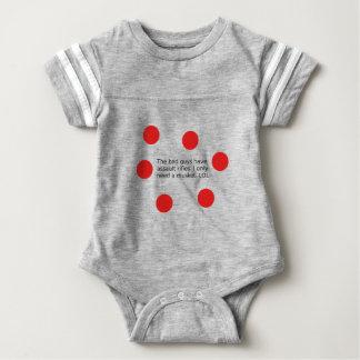 Body Para Bebê Os tipos maus têm espingardas de assalto. Eu