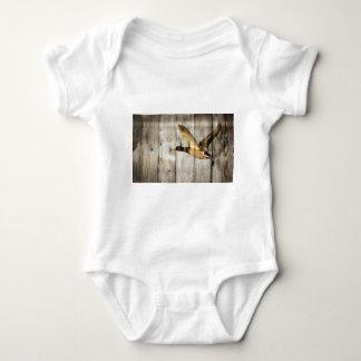 Body Para Bebê País ocidental de madeira do celeiro rústico que