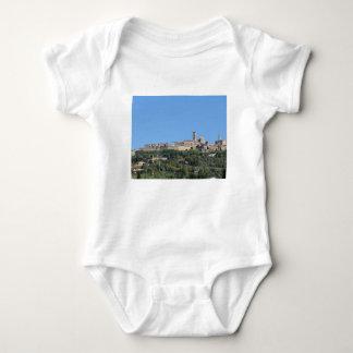 Body Para Bebê Panorama da vila de Volterra, província de Pisa