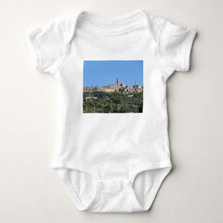 Body Para Bebê Panorama da vila de Volterra, Toscânia, Italia