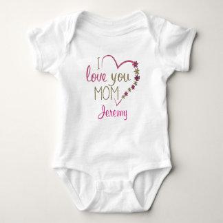 """Body Para Bebê Personalizado """"eu amo a mamã"""" com coração"""