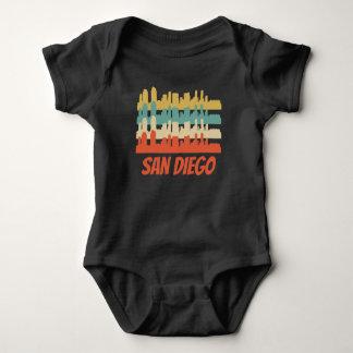 Body Para Bebê Pop art retro da skyline de San Diego CA