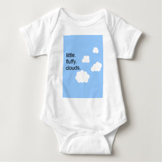 Body Para Bebê pouco. macio. nuvens