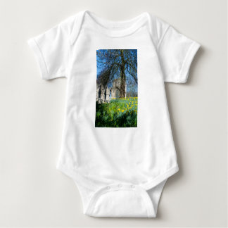 Body Para Bebê Primavera em jardins do museu