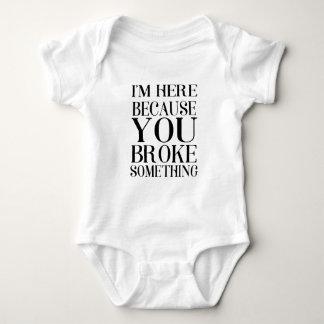 Body Para Bebê quebrou
