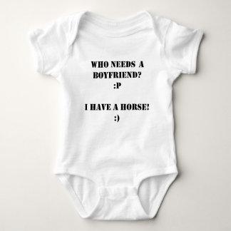 Body Para Bebê Quem precisa um namorado mim tenha um CAVALO!