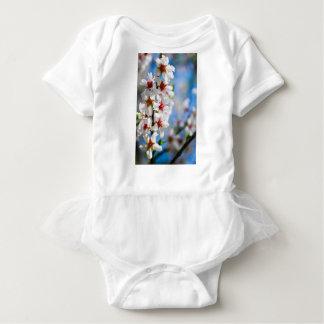 Body Para Bebê Ramo de árvore de florescência com flores brancas