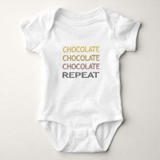 Body Para Bebê Repetição do chocolate - tiras - marrom e bege