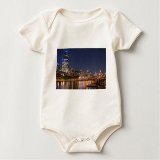 Body Para Bebê Rio de Melbourne Yarra na noite