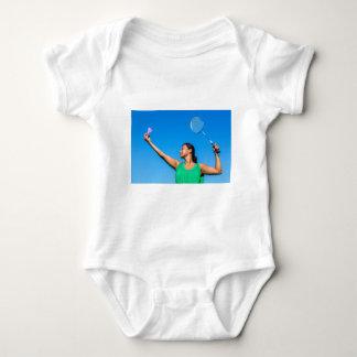 Body Para Bebê Saque colombiano da mulher com raquete de