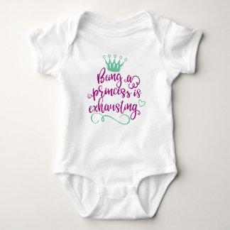 Body Para Bebê Sendo uma princesa Bebê Bodysuit