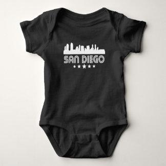 Body Para Bebê Skyline retro de San Diego