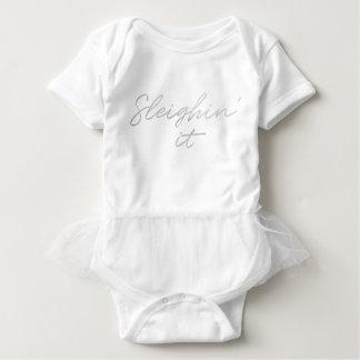 Body Para Bebê Sleighin ele tutu do bebê do Natal da folha de