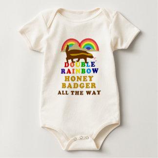 Body Para Bebê Texugo de mel dobro do arco-íris toda a maneira