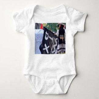 Body Para Bebê tomada abaixo da imagem do poster da bandeira de