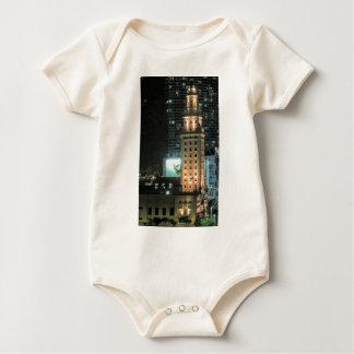 Body Para Bebê Torre cubana da liberdade em Miami 7