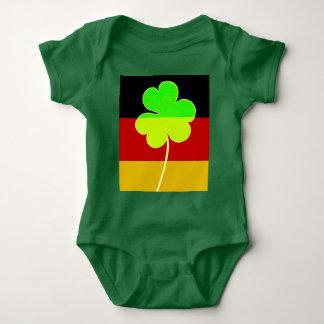 Body Para Bebê Trevo alemão irlandês St Patrick do trevo da