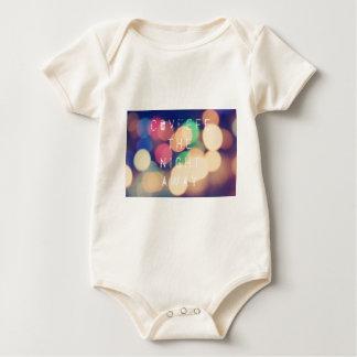 Body Para Bebê Tshirt político da roupa do tweet de Covfefe