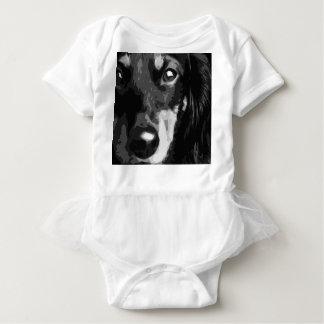 Body Para Bebê Um Dachshund diminuto preto e branco