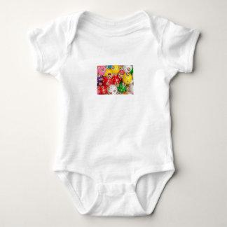 Body Para Bebê um design colorido