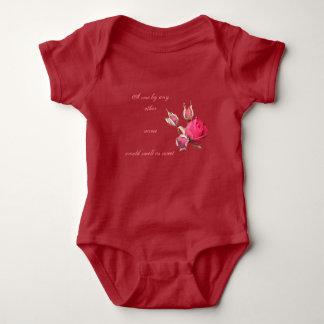 Body Para Bebê Um equipamento do bebê do rosa