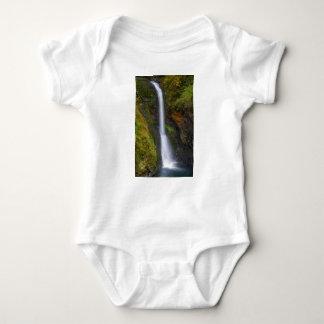 Body Para Bebê Uma mais baixa angra do montículo cai no Outono